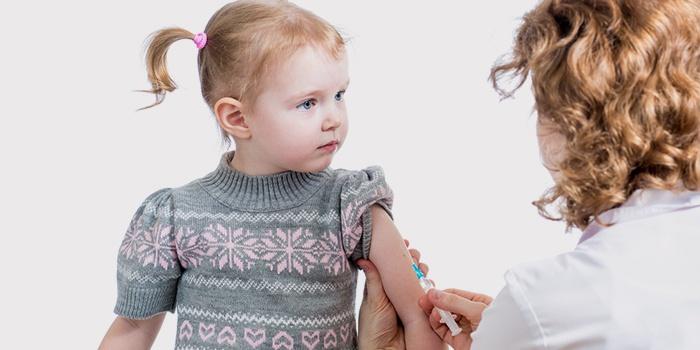 Осложнений у здорового ребенка не должно быть, но лучше подстраховаться и сдать анализы, чтобы удостовериться в его полном здоровье.